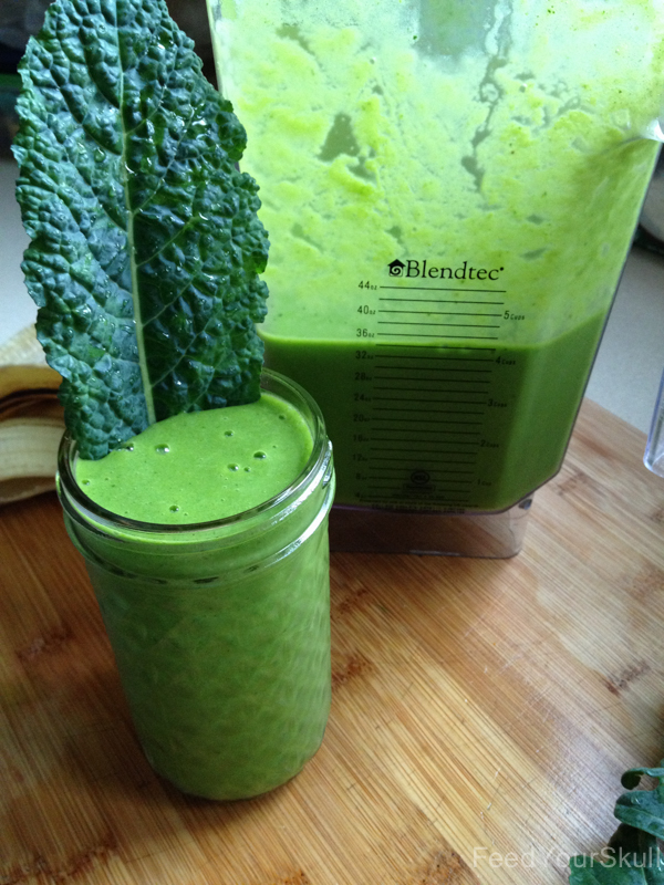 Banana Mango Kale Smoothie