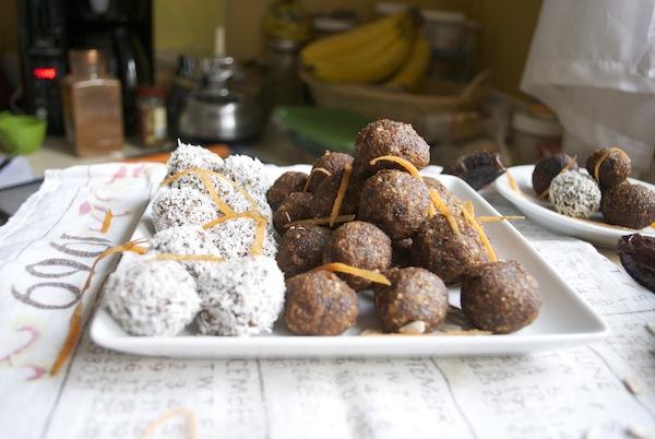 carrot-cake-donut-holes-16