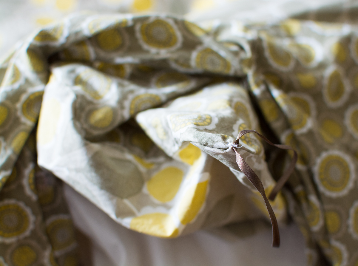 DIY Duvet Fastener | Feed Your Skull