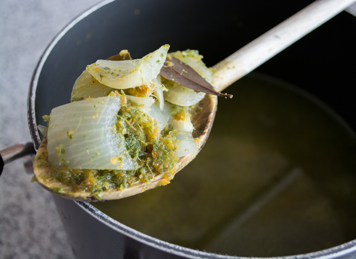 How to Turn Juice Pulp into Vegetable Broth | Feed Your Skull
