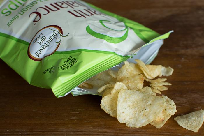 February 2014 Vegan Cuts Snack Box   Feed Your Skull