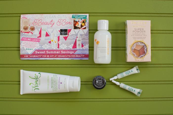 July 2015 Vegan Cuts Beauty Box | Feed Your Skull