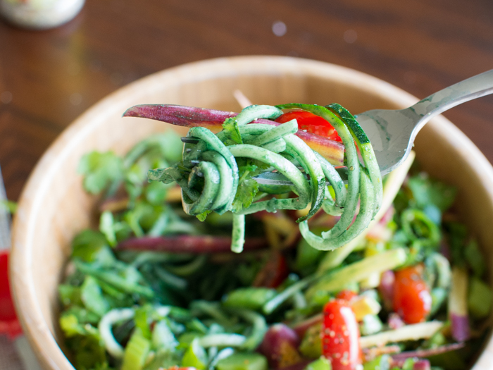 Spirulina Zucchini Noodle Salad | Feed Your Skull